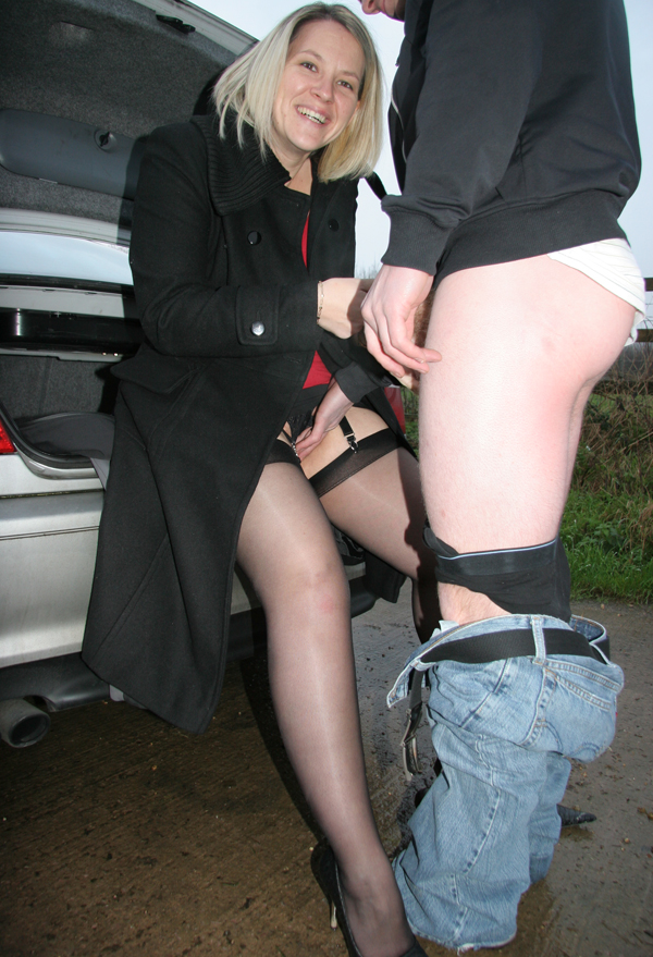 Afternoon dogging meet - 2 part 8